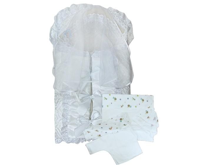 Комплект на выписку Little People Соня (9 предметов)Соня (9 предметов)Нежный комплект Соня идеально подходит для выписки малыша с мамой из роддома. Праздничный комплект сделан из 100% хлопка и атласа, декорирован кружевом и вуалью.  Состав комплекта: конверт меховое одеяло уголок с шитьём трикотажный чепчик - теплый и холодный трикотажная распашонка - теплая и холодная трикотажная пелёнка - теплая и холодная<br>