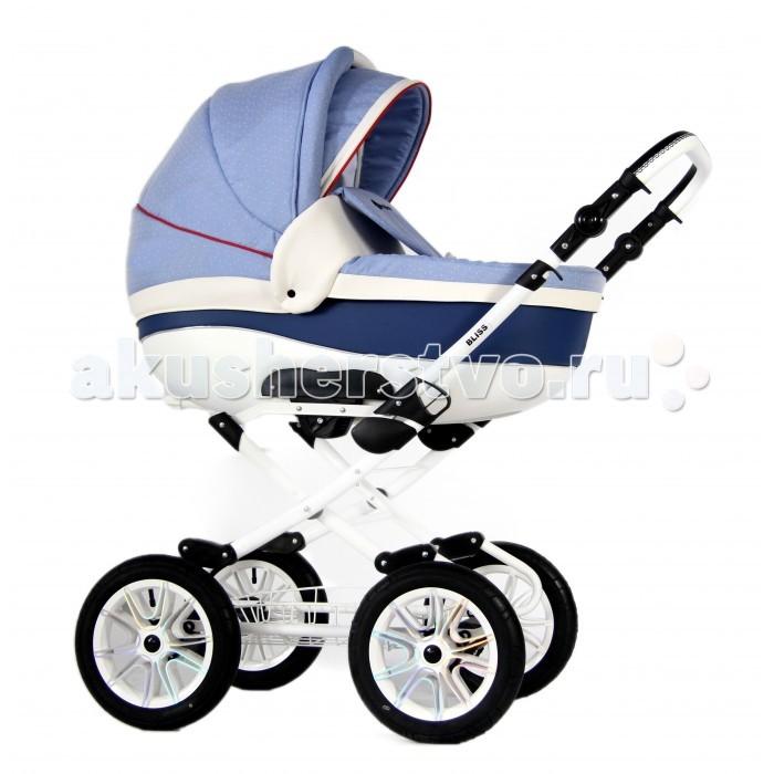 Коляска Amadeus Bliss 2 в 1Bliss 2 в 1Коляска Amadeus Bliss 2 в 1 - элегантная коляска на больших надувных колесах, отличающаяся превосходной проходимостью и мягкостью езды. Просторная люлька имеет низ из экокожи, кармашек для бутылочки и объемный капор. В такой люльке новорожденному будет уютно, словно в маминых руках.  Среди особенностей модели стоит отметить наличие автоблокировки регулировки подножки, дополнительного непромокаемого матрасика и трехпозиционной спинки прогулочного блока. Приятным дополнением станут входящие в комплект аксессуары. Коляска подходит для прогулок круглый год, а ее эксплуатационные характеристики будут ежедневно радовать вас.  Люлька: внутри люльки есть кармашек для бутылочки складной капор, есть козырек от солнца непромокаемый матрасик накидка с ветровиком  Прогулочный блок: трехпозиционная регулировка спинки до позиции отдыха автоблокировка механизма регулировки подножки складной капор бампер, имеет разделитель для ног  Шасси: надежная тормозная система ручка настраивается по высоте возможность установки автомобильного кресла группы 0+ (в комплект не входит)<br>