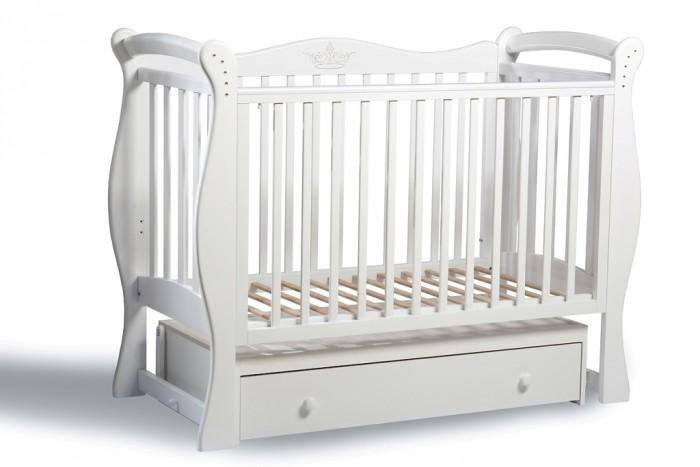 Детская кроватка Baby Luce Лучик универсальный маятникЛучик универсальный маятникДетская кроватка Лучик универсальный маятник - качественная кроватка для детей от рождения. Изготовлена в классическом стиле, поэтому подойдет под любой интерьер.  В технологии используются только гипоаллергенные лаки и эмали.  Для малыша предусмотрено особое расположение элементов ограждения кроватки, закругленные углы и безопасная краска, которая не повредит здоровью малыша даже при «пробе на зуб». Мама оценит возможность легко и просто опустить боковину на 15-17 см, без лишних усилий укачать крошку. Кроватки производства Baby Luce комплектуются выдвижными ящиками для белья и все необходимое всегда есть под рукой в прямом смысле слова.   Есть накладка на поручни детской кроватки (грызунок), которая защищает зубки малыша и растущий организм от воздействия лака и краски   Широкий спектр цветовой гаммы. Маятник с двойным фиксатором. Инкрустация стразами. Боковые накладки из пищевого пластика. Боковое ограждение: возможность быстрого снятия, опускается, средние палочки - съёмные. Ящик: закрытый, глубокий, с бесшумными направляющими. Решётка подматрасника в два уровня. Качественная обработка древесины. Внутренние размеры ложа: 120х60 см.  Материал: массив кавказского бука.  Качание: поперечный маятниковый механизм.<br>