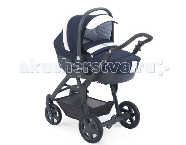 Коляска CAM Dinamico 3 в 1Dinamico 3 в 1Коляска Cam Dinamico 3 в 1 - красивая и функциональная четырехколесная коляска, комфортная для ребенка и удобная в управлении для мамы. Отлично подходит для российского климата, передние колеса поворотные с фиксацией, задние колеса большие надувные, благодаря чему коляска Cam Dinamico 3 в 1 маневренная и легкопроходимая на любой дороге.  Люлька люлька изготовлена из пластика, все внутренние покрытия из 100% хлопка, чехол и матрасик - из синтетического материала; обивка съемная и может стираться в щадящем режиме при 30 градусах вентилируемое дно подголовник поднимается при помощи специального рычага и устанавливается в 4 положениях (наклон до 45 градусов) ручка жесткая, полукруглая, регулируемая, имеет специальное нескользящее покрытие капюшон съемным летний и дополнительный зимний установка по/против хода движения при помощи системы Quicky функция качания благодаря наличию специальных полозьев установка в автомобиле при помощи специальных креплений (продаются отдельно) от 0 до 6 месяцев.  Прогулочный блок  обивка съемная и может стираться в щадящем режиме при 30 градусах cиденье просторное и комфортное; регулируемая утепленная спинка имеет 4 положения наклона, включая горизонтальное (наклон спинки - 160 градусов); когда спинка опускается, подножка поднимается; удобные подлокотники бампер съемный: можно отстегнуть с одной стороны или снять совсем капюшон большой, с дополнительным козырьком с плотной москитной сеткой, сзади - сетчатое окошко, которое прикрывается плотным клапаном подножка широкая, регулируемая  ремни безопасности 5-ти точечные от 12 до 36 месяцев.  Рама  материалы: алюминий; прочная, эллиптической формы ручка удобная, эргономичной формы, с нескользящим покрытием, регулируется по высоте с большим диапазоном: от 84 до 105 см и в трех положениях система складывания «Книжка», с помощью оригинальной системы компактного складывания «VIA-VAI SYSTEM» амортизация надежная и комфортная тормоз сдвоенный, на задних колесах,