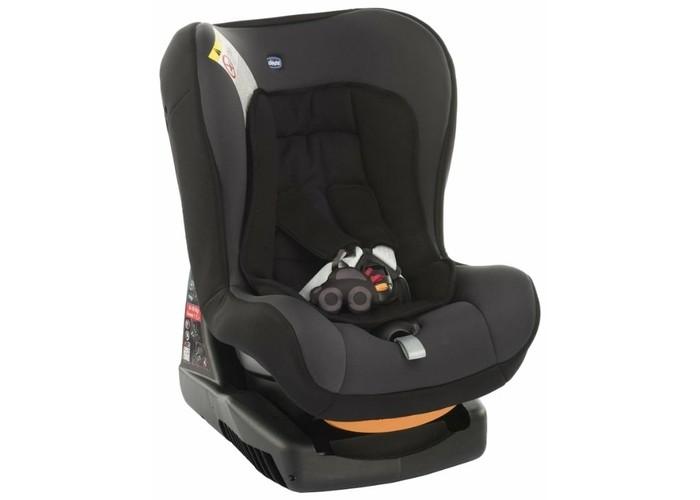 Автокресло Chicco CosmosCosmosАвтокресло Chicco Cosmos возрастной группы 0+/1, предназначенное для перевозки детей от рождения до 3.5-4 лет. Мягкий вкладыш придает, дополнительный комфорт и выравнивает поверхность, на которой лежит ребенок. Кресло имеет регулировку по наклону, что позволяет ребенку спать во время поездки.  Сидение: соответствует европейскому стандарту безопасности ЕСЕ/04, группа 0+/1, для детей весом от 0 до 18 кг относится к категории автокресел высокого уровня благодаря широкому и комфортному сидению со спинкой корпус автокресла имеет высокие борта, которые обеспечивают надежную защиту головы малыша в случае бокового удара автокресло оснащено собственной базой, благодаря которой можно менять угол наклона кресла так, чтобы вашему малышу было удобно различный угол наклона сидения (4 положения) регулируемые пятиточечные ремни безопасности с мягкими накладками широкие ремни не перекручиваются благодаря вставке антискольжения подушка-вкладыш автокресла гарантирует безопасность и комфорт для самых маленьких (до 6 кг) и обеспечивает оптимальную позицию для ребенка сидение автокресла обшито очень мягкой обивкой тканевые детали снимаются для чистки и стирки  Крепление: для группы 0+ устанавливается против направления движения (с помощью штатных ремней автомобиля) от 0 до 13 кг (приблизительно до 15 месяцев) для группы 1 - по направлению движения (с помощью штатных ремней безопасности автомобиля) от 9 до 18 кг  Размеры автокресла дхшхв: 43 х 54 х 63 см Вес: 7.8 кг<br>