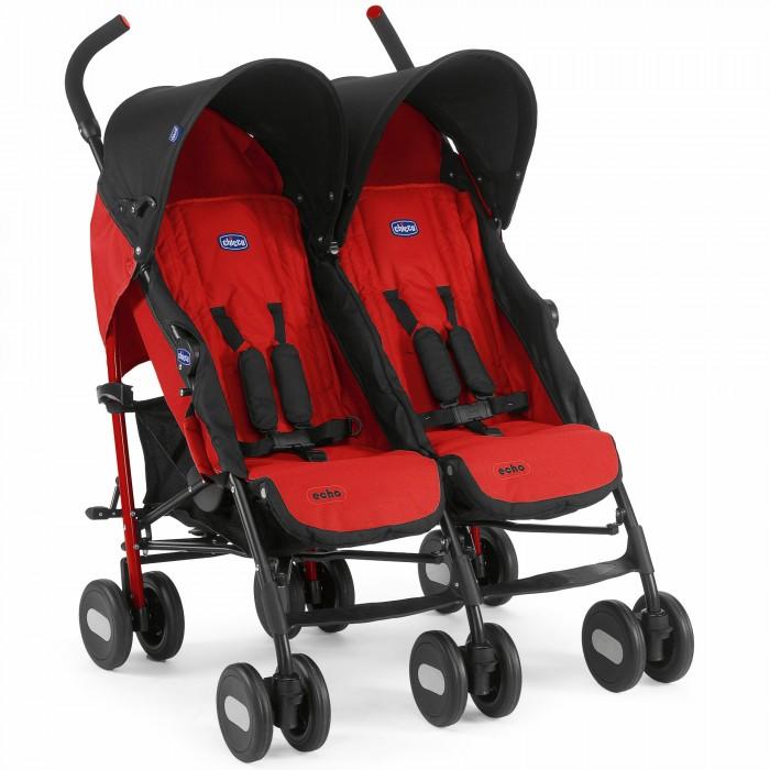 Chicco Коляска для двойни Echo TwinКоляска для двойни Echo TwinКоляска для двойни Chicco Echo Twin - это коляска, которая сочетает в себе максимальный комфорт для детей и непревзойденное удобство для мамы.   Эта коляска очень маневренная и легкая, идеально подходит на все случаи жизни.  Основные характеристики: удобные эргономичные ручки покрытие ручек не скользящее широкие и мягкие сидения регулируемая спинка (5 положений) 5-точечные ремни безопасности с мягкими плечевыми накладками регулируемый капюшон удобная подножка пластиковые сдвоенные колеса поворотные передние колёса с возможностью фиксации на задних колесах имеются независимые тормоза оснащены вместительной корзиной для покупок стильный дизайн дождевик в комплекте габаритная ширина коляски, см: 78  диаметр задних колёс, см: 20  диаметр передних колес, см: 20  колёса: Пластиковые    Размеры: Вес коляски (без установленных аксессуаров): 13,4 кг; Габариты коляски в разложенном виде (длина х ширина х высота): 82 х 78 х 108 см; Габариты в сложенном виде: 26 х 31 х 105 см; Вес транспортной мастер-упаковки (включает все комплектующие): 16 кг; Размер упаковки: 37 х 26 х 103 см.<br>