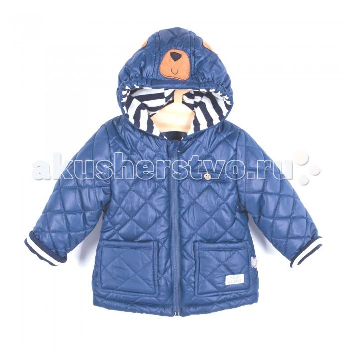 Coccodrillo Куртка для мальчика Hello Mr.BearКуртка для мальчика Hello Mr.BearCoccodrillo Куртка для мальчика Hello Mr.Bear  Утепленная стеганая куртка с двумя накладными карманами и одним на груди. Капюшон с аппликациями в виде медведя. Подкладка и отвороты рукавов в крупную синюю полоску.  Состав: 100% полиэстер Рекомендации по уходу: автоматическая стирка при температуре до 40 С.  Coccodrillo является одним из крупнейших производителей детской и подростковой одежды по всей Европе. Компания существует с 1990 года и сегодня сотрудничает с 27 странами по всему миру. Она также входит в топ пяти наиболее популярных европейских марок детской одежды.  Изделия не вызывают аллергических реакций. В их составе &#8722; только экологически чистые волокна, которые обрабатываются с использованием высоких технологий и современного оборудования, что обеспечивает ткани высокую степень износостойкости и гарантирует долгую насыщенность цветовой гаммы, а также высокое качество печати рисунка.<br>