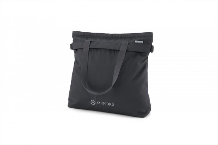 Concord Сумка ShopperСумка ShopperConcord Сумка Shopper  Вместительная, практичная сумка для коляски, в которой поместится все необходимое для прогулки с малышом.  Крепится к коляске с помощью липучек. Можно носить на плече при помощи ремня. Пеленальный матрасик. Термо-сумка для бутылочек, которую так же можно повесить на коляску с помощью липучки. Мягкая, односекционная сумка-клатч. Размеры: 40х45 см.<br>