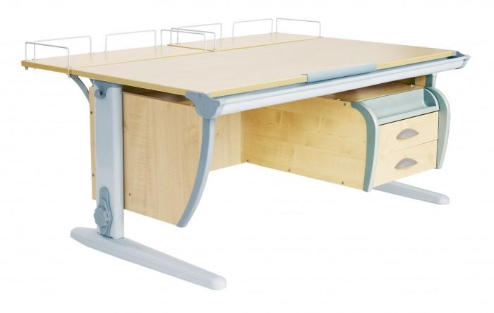 Дэми Стол универсальный трансформируемый СУТ.15-04 (столешница клен)Стол универсальный трансформируемый СУТ.15-04 (столешница клен)Дэми Стол универсальный трансформируемый СУТ.15-04 (столешница клен) - это парта со столешницей 120 см, дополненная подвесной тумбой на 2 ящика с выдвижным пеналом для канцелярских принадлежностей. Тумба является универсальной и крепится по желанию как справа, так и слева, что по достоинству оценят родители как левшей, так и правшей, да и сами детки. Размер парты Дэми СУТ 15-04-120 см x 80 см. Подвесная тумба к парте Дэми - это очень удобный вариант, для компактного размещения всех тетрадок и книжек в непосредственной близости от рабочей столешницы школьника. Наличие подвесной тумбы у парты Деми поможет освободить поверхность стола от ненужных в настоящий момент тетрадок, карандашей, ручек и т.д, но достаточно школьнику протянуть руку и необходимая тетрадка на опять столе. Это очень удобно, красиво в эстетическом плане и смотрится здорово.   Детская парта Деми СУТ 15-04 имеет 9-ти ступенчатый механизм наклона столешницы производства Shatti (Германия). Занимаясь за школьной партой Деми, ребенок выбирает оптимальный угол наклона столешницы от 0 до 26° в зависимости от того рисует он, читает или пишет. Комплект СУТ 15-04 можно купить как для первоклассника, так и для подростка, ведь школьная парта СУТ 15-04, как и все модели парт Деми, адаптируется под рост ребенка от 120 до 198 см, а благодаря удачным цветовым решениям, растущая парта впишется в интерьер любой квартиры.  Производитель Деми позаботился о том, чтобы парта стала любимым предметом в детской как для мальчика, так и для девочки, предусмотрев исполнение всех моделей парт Дэми в сером, синем и розовом цвете. Столешница, выполненная из экологически чистого ЛДСП, классически выпускается в двух цветах: клен (светлый) и яблоня (темный).  Ученический стол и стул Дэми займет совсем немного места в детской комнате, но станет самым удобным и любимым уголком школьника.  Ребенок будет заним