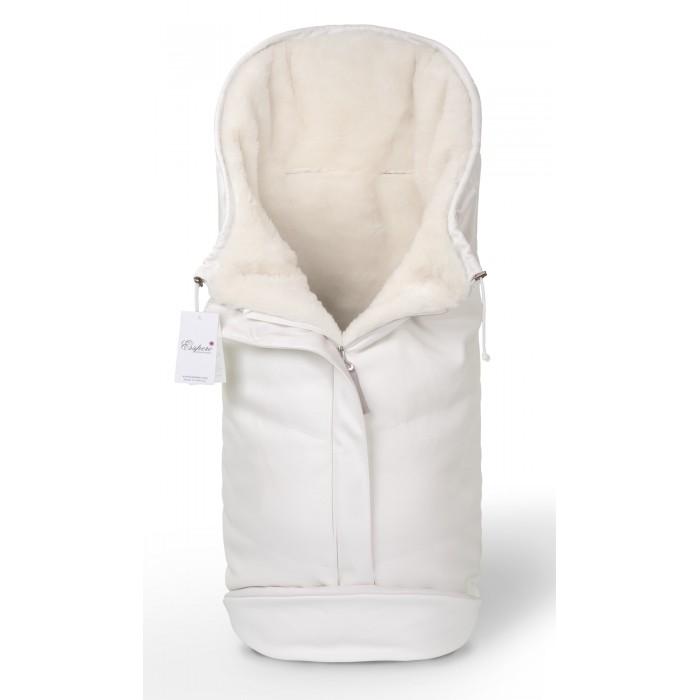 Зимний конверт Esspero Sleeping Bag ArcticSleeping Bag ArcticМодель Sleeping Bag Arctic воплощает в себе все самые современные разработки и столетние традиции Норвегии в области создания теплой одежды. Его верхнее покрытие состоит из очень прочного материала, который не пропускает ветер и влагу. Утеплителем была выбрана 100% натуральная медицинская овечья шерсть, которая славится своими гипоаллергенными свойствами.  Конверт может использоваться в колясках практически всех типов, а также применим для санок либо автокресел. Его конструкторской особенностью является возможность раскрыть ножки малыша, не раскрывая всего конверта. Таким образом, конверт Sleeping Bag Lux - это отличное сочетание качества, современных дизайнерских решений, замечательного тепла и, что немаловажно, разумной цены.  Шерсть вбитая в ткань<br>