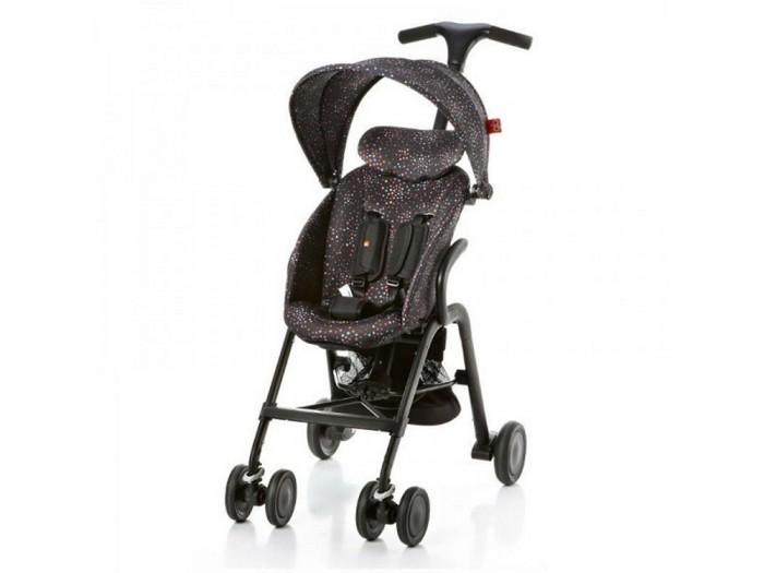 Прогулочная коляска GB T-Bar D330JT-Bar D330JПрогулочная коляска GB T-Bar D330J - удобная и компактная городская прогулочная коляска в стильном, ярком и оригинальном дизайне.   Стильная и удобная т-образная рукоятка с регулируемой высотой в 3-х положениях. Спинка коляски регулируется в 2-х положения, что позволяет Вашему малышу чувствовать себя уютно и комфортно во время прогулок. Безопасность малыша обеспечивают пятиточечные ремни с мягкими накладками.  Особенности: коляска предназначена для детей от 6ти месяцев 2 положения наклона спинки  5-ти точечные ремни безопасности с мягкими накладками для комфорта малыша легкое шасси из алюминия удобно складывается одной рукой, самостоятельно стоит передние колеса поворотные с фиксацией ширина колесной базы 52 см подвеска задних колес независимый тормоз.<br>
