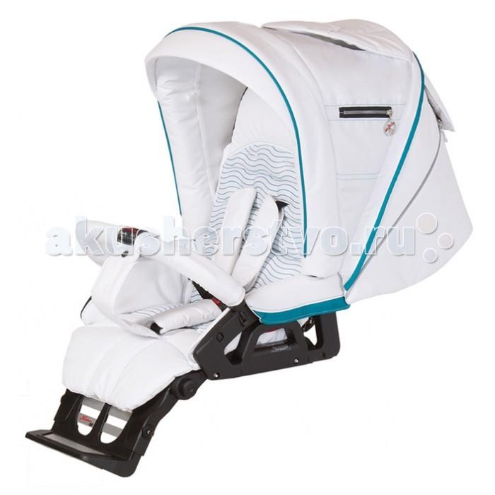 Прогулочная коляска Hartan Vip GTVip GTПрогулочная коляска Hartan Vip GT - удобная, мобильная и безопасная коляска для самых важных персон!   Hartan Vip GT является одной из самых легких прогулочных колясок семейства Hartan. Сиденье и спинка в прогулочном блоке коляски Hartan VIP GT могут индивидуально регулироваться для комфорта ребенка. Передние поворотные колеса с возможностью легкой и быстрой блокировки и система амортизации на переднюю и заднюю ось обеспечат плавный ход, простоту и легкость управления коляской. Удобная телескопическая ручка может регулироваться по высоте одной рукой одним движением.  Коляска прекрасно трансформируется в зависимости от возраста ребенка и является воплощением современных стандартов комфорта и безопасности, при этом она удобна для детей и родителей  Особенности: Регулируемая жёсткость задней подвески в зависимости от веса ребёнка Система амортизации на передние колеса  Телескопическая ручка (3 положения по высоте) Регулировка ремней безопасности по высоте Удобный механизм откидывания спинки прогулочного блока Простая установка предохранительной дуги (бампера) Новый улучшенный механизм установки сиденья на раму коляски Улучшена конструкция пятиточечного ремня безопасности Использование дышащих и регулирующих влажность материалов Thermo-Tex Эргономичное гипоаллергенное покрытие ручек Съемный, моющийся чехол (при 30 градусах) Автоматический предохранительный замок Регулируемые поворотные колёса Защита от выпадения ребёнка Удобные, надёжные тормоза, не портящие обувь Стильные бескамерные колёса с подшипниками на пятилучевых дисках Бесшумная регулировка положения капюшона Надёжный 5-титочечный ремень с центральным замком Регулируемая подставка для ног в прогулочном блоке, растёт вместе с ребёнком Несколько позиций регулировки спинки сидения, включая положение для сна  В комплекте:  шасси прогулочный блок москитная сетка накидка для ног  дождевик<br>