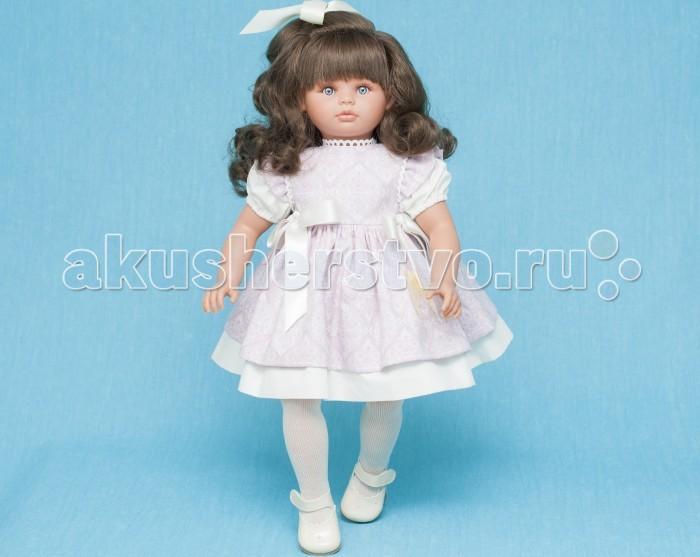 ASI Кукла Пепа 60 см 283110Кукла Пепа 60 см 283110Очаровательная ASI Кукла Пепа 60 см из новой коллекции ASI 2016 настоящая принцесса! У куклы шикарные темные длинные волосы, украшенные розовыми цветами, большие голубые глаза, пушистые ресницы и нежно-розовые губки.   Одета куколка в нарядное белое платье с короткими рукавами-фонариками, украшенное цветочным передником с атласными бантами. На ножках у Пепы белые колготки и лаковые туфельки кремового цвета.  Рост куколы составляет 60 см, выполнена она из винила. Тело мягконабивное, за счет чего кукла принимает естественные позы и практически невесома. Ручки и ножки фиксируются в различных положениях.  Кукла Пепа - отличный выбор для любой девочки!<br>