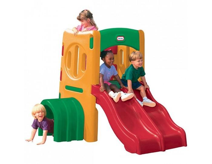 Little Tikes Игровой комплекс с двойной горкойИгровой комплекс с двойной горкойИгровой комплекс с двойной горкой.  Отличный игровой комплекс для игр на дачном участке, который не только поможет весело провести время на свежем воздухе, но и поспособствует физическому и эмоциональному развитию ребёнка, ведь активные игры и спорт на природе очень благотворно сказываются на здоровье детей.  Игровой комплекс многофункционален и предоставляет большой простор для фантазии и воображения. Он обрудован двумя горками (одна из них гладкая, а другая волнистая) и тоннелем на уровне земли. Конструкция разработана с таким расчетом, чтобы одновременно могли играть несколько человек.  Комплекс изготовлен из высококачественного пластика – он не боится воды и легко моется, устойчив к перепадам температуры и воздействию солнечных лучей. Выдерживает температуру до -18 С. При изготовлении комплекса применяется метод центробежного литья, что позволяет сделать его ударопрочным.<br>