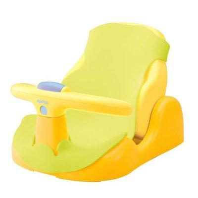 Aprica Стульчик для купанияСтульчик для купанияСтульчик для купания Aprica идеально подходит для купания детей в возрасте от 0 до 24 месяцев. Удобный в применении аксессуар обеспечит безопасное купание малыша, сидящего как лицом вперед, так и при наклоне 165 градусов.   Вашему ребенку будет комфортно на стульчике-горке, ведь его спинка может регулироваться в 3-х положениях в зависимости от роста крохи. Для того чтобы ребенку было интереснее принимать водные процедуры, стульчик-горка имеет круговую игрушку.<br>