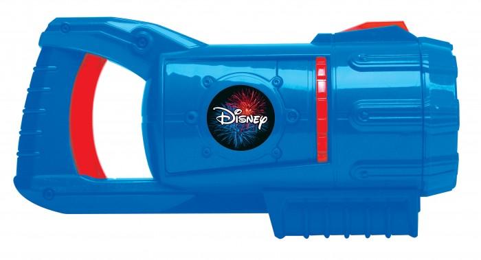 Uncle Milton Супер-бластер с героями Disney для создания световых и звуковых эффектов фейерверка Fireworks LightshowСупер-бластер с героями Disney для создания световых и звуковых эффектов фейерверка Fireworks LightshowСупер-бластер для создания световых и звуковых эффектов фейерверка с героями Disney.   Требуется 3 батарейки АА (в комплект не входят).   Возраст: 6+<br>