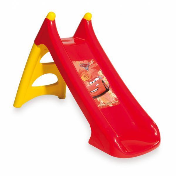 Горка Smoby ТачкиТачкиГорка Smoby Тачки - эту горку можно использовать как в помещении, так и на улице, она прекрасно впишется в небольшое пространство. Идеально подходит для игры на свежем воздухе во время летнего отдыха и может быть установлена в бассейн. Горка сделана из упрочненного пластика, имеет удобную для малышей лесенку и изогнутую наклонную плоскость скольжения.  Характеристики: Длина поверхности скольжения: 90 см Диапозон температур использования: -30 до + 40 Максимальная нагрузка: 30 кг<br>