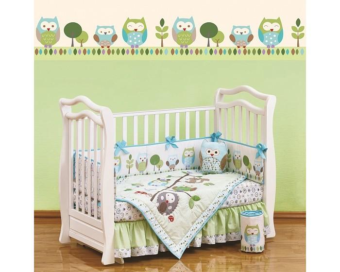 Комплект в кроватку Giovanni Shapito Summer Owls (7 предметов)Shapito Summer Owls (7 предметов)Shapito Summer Owls (7 предметов)  Комплект для детской кроватки из 7 предметов. Одеяло-покрывало декорировано вышивкой и тканевыми аппликациями.  Бампер состоит из 4-х частей, что позволяет использовать его как по всему периметру кроватки в варианте для младенца, так и в варианте диванчика для подросшего малыша, чехлы не съемные.  Простыня на резинке надежно закрепляется на матрасе и не позволяет складкам воздействовать на кожу ребенка  Юбка придает изысканный внешний вид детской кроватке.  Габаритные размеры Простыня натяжная на резинке: 120x60 см Бампер: 120x25 см - 2 штуки Бампер: 60x25 см - 2 штуки Одеяло - покрывало с аппликацией: 107x84 см Юбка декоративная: по периметру, высота 23 см.<br>