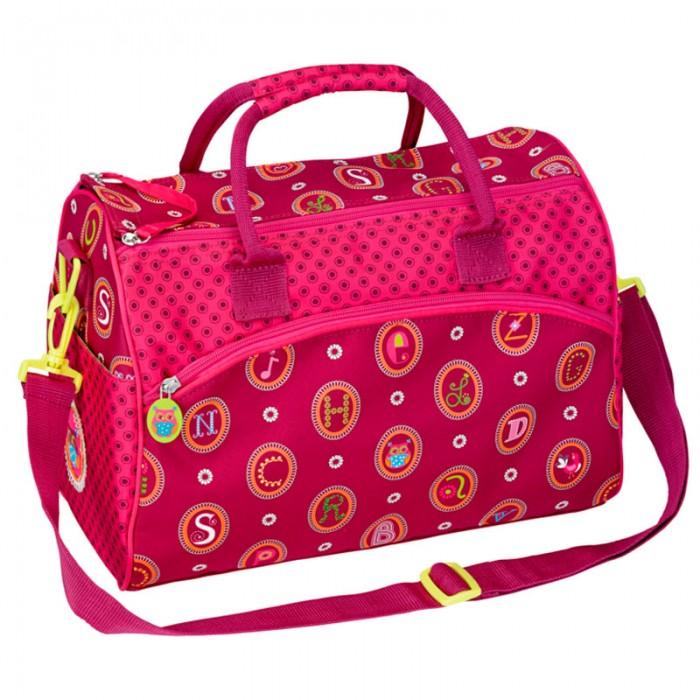 Spiegelburg Спортивная сумка ABC 10880Спортивная сумка ABC 10880Отличная сумка для занятий спортом для девочек. Практичная и внутренняя планировка спортивной сумки ABC позволяет идеально разместить обувь и спортивную одежду отдельно друг от друга. Основной отсек и внешний карман на молнии. Ремень регулируемый, на карабинах.   Особенности:   Размер: 35 х 25 х 20 см<br>