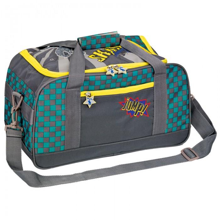 Spiegelburg Спортивная сумка Skateboarding 11857Спортивная сумка Skateboarding 11857Спортивная сумка окрашена в серый, желтый и голубой цвет. Она украшена надписями и рисунками. На ее передней части есть карман, в котором можно хранить небольшие вещи. Основной отдел имеет два отсека - один для обуви, другой для одежды. В сумку также можно сложить бутылку с водой и другие вещи. Сверху есть две удобные ручки, которые можно соединить липучкой.  Длину наплечного ремня можно поменять в зависимости от роста мальчика. При желании ремень можно отсоединить.  Особенности:   Размер: 35 x 25 x 20 см<br>