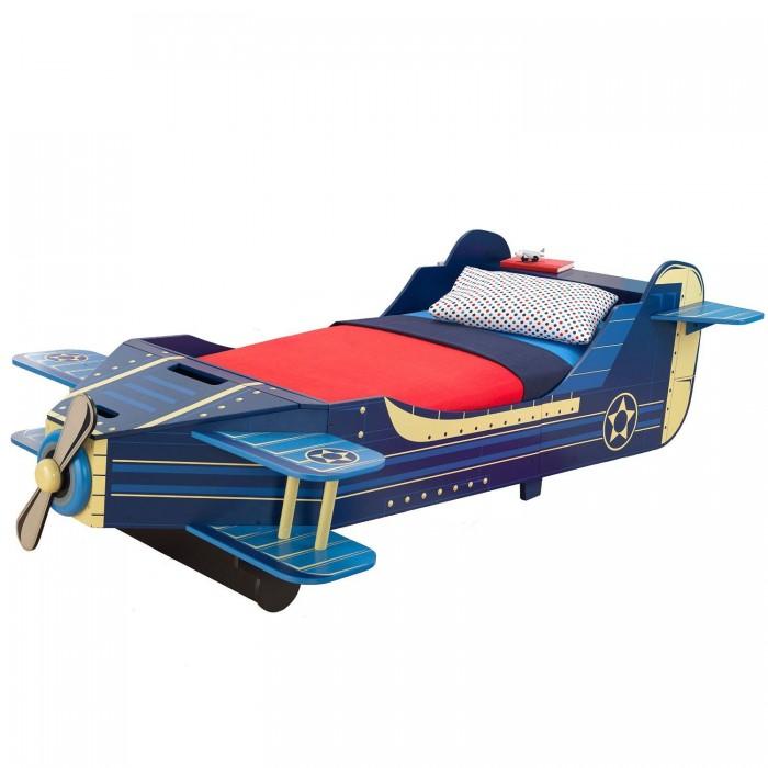 Детская кроватка KidKraft СамолетСамолетДетская кровать KidKraft Самолет  Детская кровать Kidkraft Самолет выполнена в оригинальном дизайне и дополнена элементами декора. Она устойчиво стоит на ножках и оборудована защитными бортами, которые предотвратят выпадение ребенка во время сна. В нашем магазине Вы можете купить кровать Kidkraft Принцесса и подарить своему ребенку шикарное спальное место.  Характеристики детской кровати Kidkraft Самолет: Детская кровать выполнена в оригинальном дизайне, который дополнен элементами декора, и идеально подходит для мальчиков от 3-х лет Кроватка достаточно низкая, что позволяет ребенку самостоятельно взбираться на нее Оборудована бортами с 2-х сторон, которые надежно защитят ребенка от выпадения во время сна Кровать устойчиво стоит на ножках Матрац, постельные принадлежности и подушки в комплект не входят.<br>