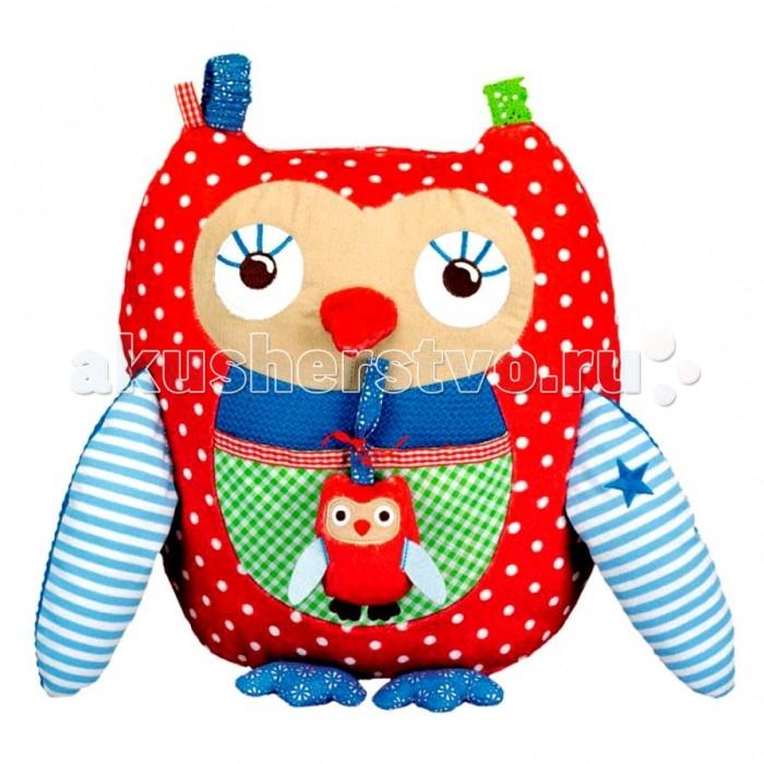Развивающая игрушка Spiegelburg Сова развивающая Baby Gl&amp;#252;ck 10469Сова развивающая Baby Gl&amp;#252;ck 10469Spiegelburg Сова развивающая Baby Gl&#252;ck 10469 - отличная развивающая игрушка для самых маленьких.   Сова набита мягким материалом и обшита яркой хлопковой тканью. Игрушка имеет много развивающих элементов: крылышки наполнены шуршащим материалом, спереди сделан кармашек, на ушах – резинки, зеркальная ткань на спине.  Компания гарантирует высочайшее качество продукции и соответствие европейским стандартам.<br>