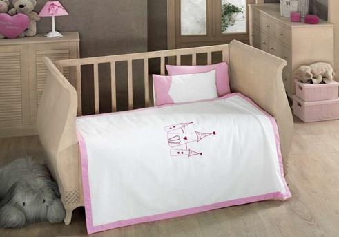 Постельное белье Kidboo Little Princess (4 предмета)Little Princess (4 предмета)Комплект постельного белья Kidboo Little Princess выполнен из высококачественного 100% хлопка.   В комплект входит:   вафельное покрывало (100 х 150 см)  Простынь (120 х 170 см)  наволочка (35 х 50 см)   декоративная наволочка (35 х 50 см)<br>