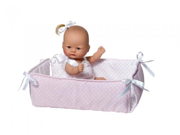 ASI Кукла-пупсик 20 см 2383058Кукла-пупсик 20 см 2383058ASI Кукла-пупсик 20 см 2383058Этот малыш такой забавный!   У него невероятно выразительная внешность: глазки-бусинки,лысый с маленьким хвостиком ,в розовом манеже,в красивой подарочной коробке.Он такой крошечный и такой трогательный, что его так и хочется взять в руки! Винил из которого изготовлен пупсик очень высокого качества. Компания ASI уже более 70 лет занимается производством кукол и знает о них все! Вот почему куклы этого испанского бренда имеют заслуженную славу и выгодно отличаются от продукции-конкурентов.   Упакован в красивую подарочную коробку.  Особенности:  кукла ASI сделана очень качественно.  Без запаха.   Используется безопасный твердый винил.  Видна прорисовка мельчайших подробностей тела, рук и ног.<br>