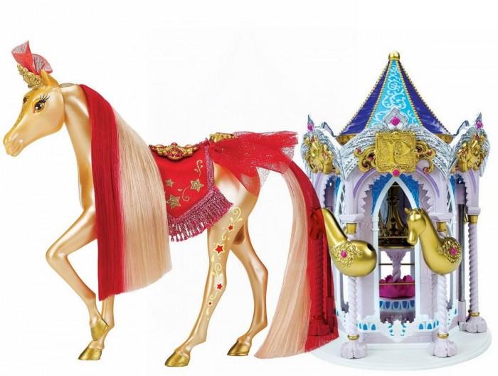 Pony Royal Набор Пони Рояль: карусель и королевская лошадь РубинНабор Пони Рояль: карусель и королевская лошадь РубинОчень яркая и стильная пони-принцесса Рубин знает толк в моде.  Ее цвет золотой с красным. Ее месяц июль. Ее камень-талисман, украшающий лоб - рубин.  У пони шикарная грива, которую можно менять, а также расчесывать.   С волшебной каруселью Pony Royale ваша пони-принцесса готова к выходу в свет. Волшебная карусель - это такой шкаф для хранения модных аксессуаров и драгоценностей вашей пони. Карусель компактно складывается для удобства хранения.   Волшебные Пони-принцессы «Pony Royale» уникальны тем, что они созданы с подчеркнутой женственностью и грациозностью, обычно присущими фешн-куклам. Сделанные из высококачественного пластика, они обладают подвижной головой, а их мягкие гривы и хвосты можно расчесывать. Играя с этими красивыми и изящными лошадками, девочки могут почувствовать себя принцессами, которые заботятся о своих волшебных пони.  В наборе: пони-принцесса Рубин, Карусель для нарядов, дополнительные грива и хвост, расческа для укладки гривы и хвоста, 1 юбка.   Рост пони 16.5 см.<br>