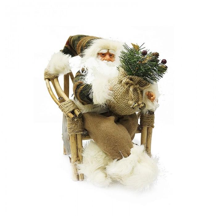 Maxitoys Фигура Дед Мороз в Плетеном Кресле музыкальныйФигура Дед Мороз в Плетеном Кресле музыкальныйДед Мороз - большая рождественская фигурка, без которой практически невозможно представить себе ни один новогодний праздник.   Конечно же, в мешке этот вестник наступающего года несет подарки (правда декоративные).  Выглядит очень естественно, со множеством мелких деталей. Отлично встанет под новогоднюю елку. Пританцовывает. На елке загораются лампочки. Работает от 3-х батареек АА 1,5V, батарейки в комплект не входят.  Высота Фигуры - 40 см<br>