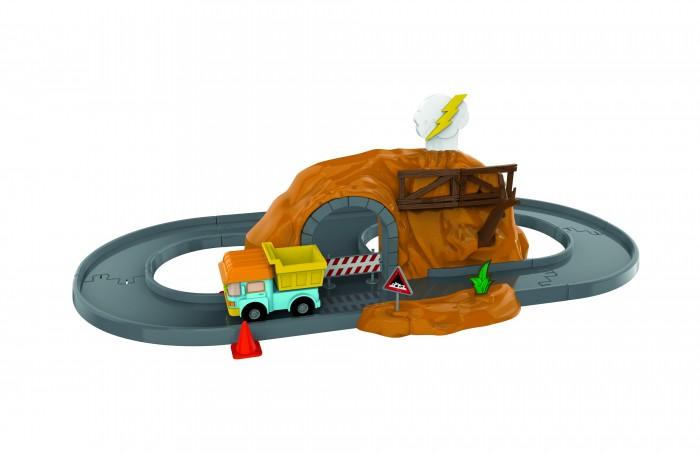Робокар Поли (Robocar Poli) Набор Пещера с камнями и металлической машинкой ДампиНабор Пещера с камнями и металлической машинкой ДампиПещера с камнями - это прекрасный игровой набор из серии Robocar Poli, который создан по мотивам культового детского мультсериала. Помимо игрушечной каменной пещеры и деталей трассы, в комплекте имеются еще и модель грузовика, а также различные аксессуары.  Ребенку будет невероятно интересно играть с таким набором, потому что сначала ему придется самостоятельно собрать овальную трассу с тоннелем, а уже потом он сможет играться с машинкой и аксессуарами. Нажмите на облачко, забор раздвинется, упадут камни, дерево заблокирует  дорогу. Опустите облачко- дерево и забор вернутся в изначальную позицию. 1 машинка в комплекте. Данный набор способен на долгое время завлечь ребенка интересным занятием.  Особенности:   Размеры упаковки: 36 x 18 x 18 см Вес: 0,91 кг<br>