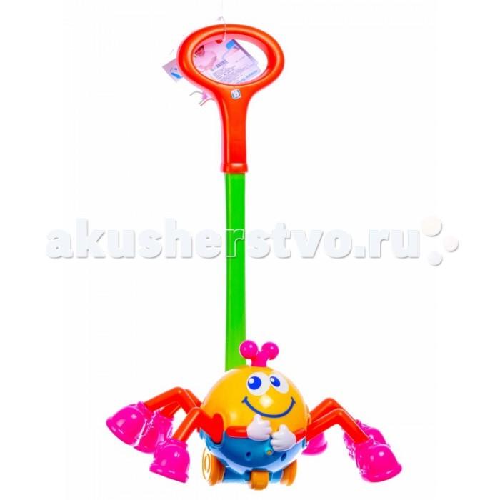 Каталка-игрушка B kids Паучок на ручкеПаучок на ручкеB kids Игрушка для детей Паучок на ручке 001286B  Игрушка для детей «Паучок на ручке», созданная брендом Bkids, известным благодаря нетривиальным интерактивным развивающим игрушкам, - это музыкальная каталка, которая одинаково подходит и для девочек, и для мальчиков.   Симпатичный паучок резво перебирает лапками в ботинках, когда вы катите игрушку. При этом раздается приятная музыка.   Внимание: для работы игрушки вам понадобятся 2 батарейки типа LR44.  Размеры каталки: 60х36х17 см.   Игрушка предназначена для детей старше 1 года.<br>