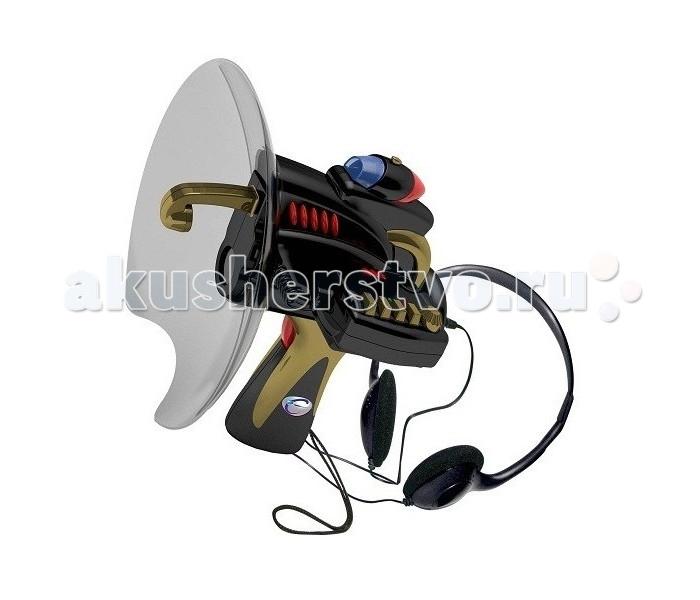 """Eastcolight Набор шпиона Устройство для подслушиванияНабор шпиона Устройство для подслушиванияEastcolight Набор шпиона Устройство для подслушивания предназначен для юных спецагентов, выполняющих секретные задания. С помощью акустического уха можно улавливать звуки на расстоянии нескольких метров. Чтобы какие-либо посторонние звуки не мешали работе шпиона, можно надеть специальные наушники, а для сохранения всей полученной информации можно записать ее на блок для записей разговоров; в такой блок помещается информация длительностью до четырех минут. Телескоп увеличивает изображение в несколько раз, поэтому все наблюдения можно вести даже на больших расстояниях и не бояться быть замеченным. Маленький фонарик может понадобиться во время преследования преступников в темное время суток. Можно не сомневаться, что с таким набором агент справится с любым заданием, даже самым сложным.  Возраст: от 8 лет Комплект: телескоп, тарелка приемника, светодиодный фонарик, наушники, блок для записи. Наличие батареек: не входят в комплект. Тип батареек: 1 x 9V типа """"Крона"""".<br>"""