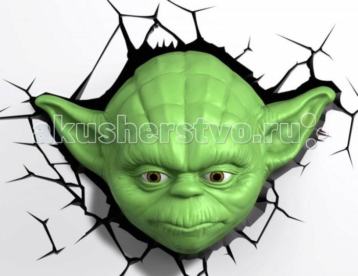 Светильник 3DlightFX Пробивной 3D StarWars (Звёздные Войны) Yoda (Йода)Пробивной 3D StarWars (Звёздные Войны) Yoda (Йода)Пробивной 3D светильник StarWars (Звёздные Войны) Yoda (Йода). Безопасный: без проводов, работает от батареек (3хАА, не входят в комплект); Не нагревается: всегда можно дотронуться до изделия; Реалистичный:3D наклейка-имитация трещины в комплекте; Фантастический: выглядит превосходно в любое время суток; Удобный: простая установка (автоматическое выключение через полчаса непрерывной работы). Товар предназначен для детей старше 3 лет. ВНИМАНИЕ! Содержит мелкие детали, использовать под непосредственным наблюдением взрослых.   Особенности:   Размеры: 34.2 х 23.4 х 13.7 см Вес: 0,69 кг<br>