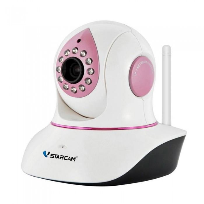 Vstarcam Корпусная камера C7838WIP-BКорпусная камера C7838WIP-BКорпусная камера C7838WIP-B VSTARCAM  Камера имеет существенный набор функций:  Русскоязычное приложения для Windows, iOS и Android позволяет управлять всеми функциями камеры практически с любого устройства, подключенного к Интернет, где бы не находились. P2P: работа без статического IP-адреса Функция Sonic Transfer - подключение камеры по звуку - не требуется проводного подключения камеры к роутеру Циклическая запись видео на MicroSD карту, объемом до 64 Гб с возможностью удаленного просмотра. Фактически, архив у Вас всегда под рукой, с компьютера или ноутбука, планшета или смартфона Поворот на 355 градусов в горизонтальной плоскости и на 120 градусов в вертикальной. Управление поворотом осуществляется прямо через приложение или веб-интерфейс. Поддержка протоколов Onvif и RTSP для подключения камеры к сетевым видеорегистраторам и сервисам видеонаблюдения IP-камера с ИК подсветкой позволяет снимать в темноте на расстоянии до 10 метров Встроенный детектор движения Круиз-контроль - движение по заданным точкам Встроенный динамик для передачи звука Очень простая настройка, доступная каждому пользователю, даже не имеющему опыта работы с IP-камерами. Принцип Plug and Play. Нет необходимости использовать статический IP-адрес. Вы экономите на абонентской плате, благодаря уникальной технологии P2P. Архив на карте памяти Micro SD до 64 ГБ с возможностью удаленного просмотра. HD качество видео 720P (1280х720) Современный дизайн Русскоязычное программное обеспечение  для просмотра и управления камерами и техническая поддержка продукта.  Просмотр с мобильных устройств Apple или Android  Выбирая Vstarcam вы получаете: Надежное и качественное сертифицированное оборудование с годовой гарантией  Русскоязычное программное обеспечение, инструкции и техническую поддержку Максимально простую настройку, благодаря технологии Plug and play  Просмотр и управление с мобильных устройств Android, Apple, компьютера или ноутбука<br>