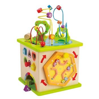 Деревянная игрушка Hape Большой активный куб Е1810Большой активный куб Е1810Бесчисленное количество развивающих элементов на все группы навыков . На верхней стороне игрушки находится лабиринт. На боковой стороне 1: сортер и фигурки, которые малышу предстоит забивать молоточком. На боковой стороне 2: лабиринт с разноцветными животными, которых нужно сортировать по цвету. На боковой стороне 3: забавные шарики, которые можно скатывать по ложбинкам. На боковой стороне 4: вращающийся лабиринт.  Размер товара: 40 х 35.5 х 40 см От 1 года<br>