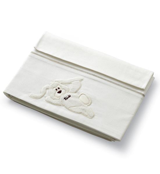 Постельное белье Baby Expert Cremino (3 предмета)Cremino (3 предмета)Симпатичный комплект сменного постельного белья Cremino от ведущего итальянского производителя Baby Expert подарит Вашему малышу беззаботный и крепкий сон.  В комплекте: - простынь на матрас - наволочка - покрывало с вышивкой и аппликацией   Размеры: - простынь на матрас: 110 х 130 см - покрывало: 110 х 130 см - наволочка: 40 х 60 см  Материал: 100% хлопок  Декор: Аппликации и вышивка ручной работы<br>