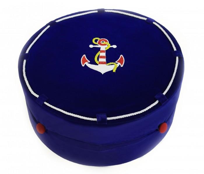 Major-Kids Пуф Little CaptainПуф Little CaptainMajor-Kids Пуф Little Captain 3 в 1 выполнен из высококачественного плотного бархата, украшен роскошной вышивкой «золотыми нитями».  Особенности: Необычная конструкция данного пуфа, состоящая из 2 подушек, скрепленных декоративными золотистыми веревочками с кистями, позволяет использовать его в трех вариантах Как 2 пуфа, разделив его на 2 части для совместного времяпрепровождения с мамой или другом, например; Как кресло, прислонив верхнюю часть пуфа к вертикальной поверхности. Пуф «Magic Kingdom» придется по душе любому малышу и взрослому, ведь он выполнен из такого приятного на ощупь бархата! На этом пуфике ребенок с удовольствием будет рассматривать книгу, смотреть любимые мультики и с удобством проводить свое время.<br>