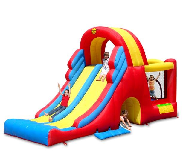 Happy Hop Надувной батут Мега горка 9082NНадувной батут Мега горка 9082NНадувной батут Happy Hop Мега горка 9082N - игровая модель для детей любого возраста. Установить можно как на детской площадке общего пользования, так и на дачном участке.   Технические характеристики:  Габариты модели: 600 x 215 x 285 см Высота основания: 45 см Размеры батута: 190 x 140 см  Размеры прыжковой поверхности: 140 x 116 см  Высота защитной сетки-ограждения: 124 см  Размер горки: 390 x 190 см Высота площадки горки: 175 см  Ширина скользящей поверхности: 63 см  Размеры туннеля: 75 x 80 см Допустимая нагрузка: 181 кг  Допустимое количество детей: 4.  Изделие выдерживает широкий диапазон температур: от –10 до +40 °C Прочность батута на растяжение - до 136 кг Прочность на разрыв - до 14 кг Прочность на соединение - до 27 кг   Материал надувного батута  Прыжковая поверхность: ПВХ ламинированный (laminated PVC) Поверхность батута: ламинированная ткань Оксфорд  Застежки: лавсан  Крепеж к земле: пластмасса.  Насос батута высокого качества, безопасен при использовании и безвреден для окружающей среды.  Насос можно использовать при температуре от -15 до + 40 °C.  Оснащен устройством защиты.   При возникновении в насосе короткого замыкания или при прочих возникших проблемах при его эксплуатации, он немедленно выключается, тем самым обеспечивает безопасность пользователю надувного батута. Насос отвечает экологическим стандартам ЕС, а также имеет сертификат безопасности GS.  Комплектация: Батут Воздухонагнетатель (компрессор) Сумка для хранения батута Пластиковые колышки для фиксации батута  Пластиковые колышки для фиксации воздухонагнетателя  Ремкомплект (по два кусочка ткани каждого цвета) Инструкция на русском языке.<br>