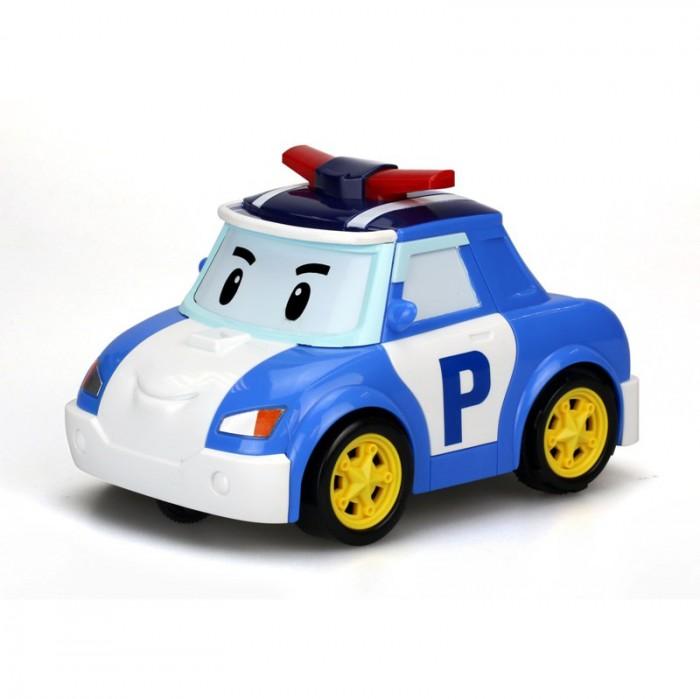 Silverlit Машинка Поли на голосовом управленииМашинка Поли на голосовом управленииSilverlit Машинка Поли на голосовом управлении представляет собой радиоуправляемую машинку в виде Поли - одного из главных персонажей известного мультика Robocar Poli. В мультсериале Робокар Поли и его друзья Поли - полицейская машинка, стоящая на страже порядка.  Данная машинка, в отличие от привычных автомобилей на радиоуправлении, на голосовом управлении, то есть повинуется голосу хозяина. Управлять машинкой со звуковыми эффектами ребенок сможет при помощи специального шлема, надеваемого на голову. Игроку достаточно произнести фразу Go!, и машинка поедет.  В набор входит:  машинка пульт управления - шлем Длина машинки: 14 см<br>