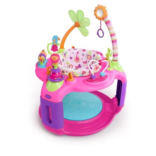 Игровой центр Bright Starts Розовое сафари 60330Розовое сафари 60330Игровой центр Bright Starts Розовое сафари 60330 - яркий развивающий центр для Вашего малыша с пружинящим основанием.  Особенности игрового центра: Сиденье регулируется по росту ребенка Сиденье вращается на 360°, что обеспечивает доступ ко всем игрушкам Петли для крепления дополнительных игрушек  Яркие развивающие игрушки: - трещотка в виде львенка - стебли с попугаем и цветочком - разноцветные крутящиеся цилиндры  - логическая дуга с двигающимися бусинами - цветок из ткани  - безопасное зеркальце.<br>
