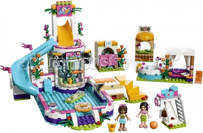 Конструктор Lego Friends Летний бассейнFriends Летний бассейнКонструктор Lego Friends Летний бассейн представляет собой масштабный аквакомплекс.  Особенности: Ключевым аттракционом данной системы сооружений является бассейн, дополненный аквариумом и возвышающейся над ним водяной горкой.  Для контроля за безопасностью купающихся, аквапарк оснащен вышкой спасателя.  Помимо 589 пластиковых деталей для сборки, в комплект входят 2 фигурки подружек, любительниц летнего отдыха. Зовут их Andrea и Martina. Для того, чтобы игровой процесс был более разнообразным, ребенок из представленных деталей сможет собрать несколько сооружений. К ним относятся бар, где подружки смогут попить лимонад и поесть мороженое, джакузи и уютная беседка, где Andrea и Martina смогут отдохнуть после активных водных игр, а также душевая кабина. Набор Lego Friends совместим с другими наборами этой же серии.  Подробная инструкция, входящая в комплект, позволит ребенку собирать конструктор, как в присутствии взрослого, так и самостоятельно.  Конструкторы Lego не только развлекут девочку, но и позволят ей усовершенствовать мелкую моторику, развить воображение и творческую фантазию.   Все детали конструктора изготовлены из безопасного и качественного материала, при производстве используется многоступенчатая система контроля качества.<br>