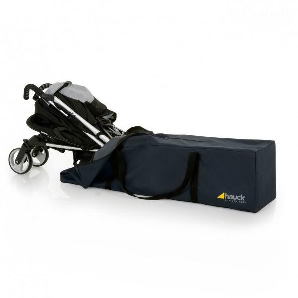 Hauck Чехол для перевозки коляски-трости Bag meЧехол для перевозки коляски-трости Bag meHauck Чехол для перевозки коляски-трости Bag me. Универсальная дорожная сумка для коляски.   На самолете, в автомобиле или на корабле или поезде - с этой большой сумкой ваша коляска всегда будет надежно упакована и идеально защищена от повреждения. Прочный, износоустойчивый материал.  Размеры: Длина 115 см, ширина 31 см, высота: 31 см.<br>