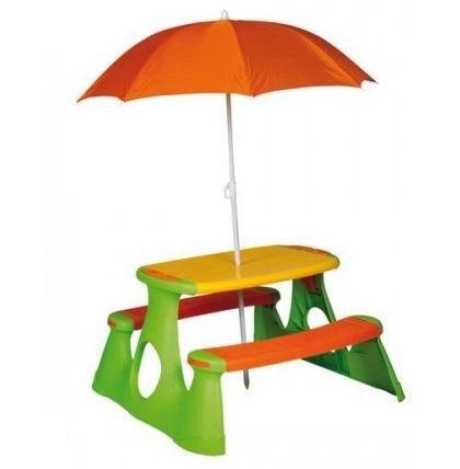 Paradiso Стол - пикник с зонтомСтол - пикник с зонтомЗамечательный столик с двумя скамеечками и зонтом от солнца можно выносить на улицу или оставлять его в помещении, ведь он очень легко собирается и разбирается без применения инструментов.   Столик можно использовать как для пикника, так и для занятий. Скамеечки позволят ребенку расположиться с максимальным комфортом, а гладкая ровная рабочая стола поверхность позволит ребенку рисовать, заниматься лепкой или другими развивающими занятиями. Столик достаточно компактен, поэтому заниматься за ним можно и в помещении.  Все детали соединяются защелками.   Высококачественный пластик устойчив к перепадам температуры, воздействию солнечных лучей и влаги.   Литая конструкция из лавочек и стола обеспечивает максимальный комфорт при использовании.  Длина: 89,5 см Ширина: 72 см Высота: 48 см<br>