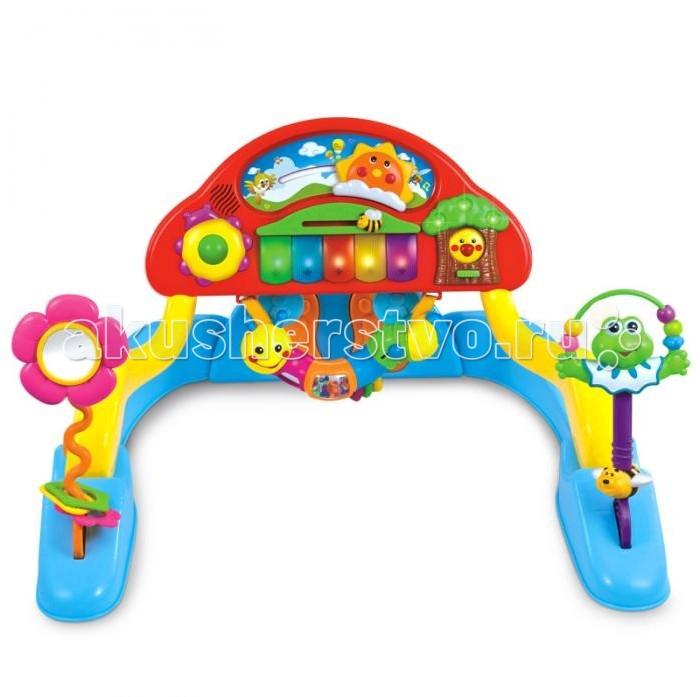 Музыкальная игрушка Huile Toys Пианино Y61087Пианино Y61087Huile toys Пианино представляет собой целый развивающий центр для малышей. Игрушка устанавливается на специальную подставку и регулируется по высоте. Таким образом, ребенок может играть с ней в 3-х положениях: сидя или лежа на животе или спине. Когда ребенок играет лежа на спине, он сможет нажимать ножками на педали, которые тоже издают забавные звуковые сигналы.   Помимо стандартных звуковых и световых эффектов, пианино дополняется множеством подвижных игрушек. Можно перебирать бусинки или передвигать забавные фигурки на панели, что позволяет не только надолго занять малыша, но и способствует развитию мелкой моторики рук. Игра с некоторыми игрушками также будет сопровождаться световым и музыкальным шоу. Если покрутить шарик внутри божьей коровки, начнут светиться огоньки на деревце и клавишах, а также заиграет мелодия.   Игра с самим деревцем, расположенном на другом конце панели, не менее увлекательна: если передвинуть кнопку, из него выглянет птичка, и начнет играть музыка: всего встроено 3 песенки. Мелодии и огоньки могут активироваться и если покрутить игрушку-погремушку, установленную в центре пианино. Подвеску также можно снять и играть с ней отдельно.<br>