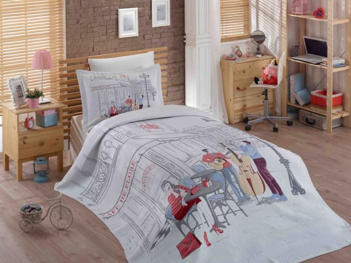Постельное белье Hobby Home Collection 1.5-спальное с покрывалом Marsele 180x240 см1.5-спальное с покрывалом Marsele 180x240 смПостельное белье 1.5-спальное Hobby Home Collection с покрывалом Marsele 180x240 см задает тон моде и открывает новую эру с каждой новой коллекцией.   Hobby Home Collection создают модели, создающие вдохновение благодаря всему ассортименту продукции, от постельного белья до спальных комплектов, от покрывал до комплектов для детских и подростковых комнат, от полотенец до банных халатов.  Покрывало и наволочка 50х70 см выполнены из синтетического жаккарда (80% полиэстер, 20% хлопок). Простынь и наволочка 70х70 см выполнены из хлопкового сатина (100% хлопок).  ВНИМАНИЕ! Пододеяльника в комплекте нет, вместо него в комплекте идет жаккардовое покрывало.  Наволочки с декоративным кантом особенно подойдут, если вы предпочитаете класть подушки поверх покрывала. Кайма шириной 5-10см с трех или четырех сторон делает подушки визуально более объемными, смотрятся они очень аккуратно, даже парадно. Еще такие наволочки называют оксфордскими или наволочками «с ушками».  В сатине высокой плотности нити очень сильно скручены, поэтому ткань гладкая и немного блестит. Краска на сатине держится очень хорошо, новое белье не полиняет и со временем не станет выцветать. Комплект из плотного сатина прослужит дольше любого другого хлопкового белья. Благодаря диагональному пересечению нитей, он почти не мнется, но по гладкости и мягкости уступает атласным тканям.  Комплект: Жаккардовое покрывало 1 шт. 180 x 240 см Простынь 1 шт. 160 x 240 см Наволочка 1 шт. 50 x 70 см Наволочка 1 шт. 70 х 70 см<br>