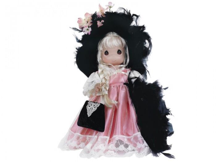 Precious Кукла Cокровище 40 смКукла Cокровище 40 смКоллекционная кукла Precious Moments Cокровище одета в великолепное розовое атласное платье на бретельках с внешней сетчатой юбкой, декорированное вышивкой. Светлые волосы куклы заплетены в косу и украшены атласным бантом. У куклы милое личико с большими карими глазами.    Особенности:  Вся одежда съемная.   Кукла изготавливается из качественного, безопасного материала и имеет пять базовых точек артикуляции.   Кукла имеет свой неповторимый образ и характер.   Волосы прошитые, из качественного синтетического волокна или крученых ниток, в зависимости от образа. Рост куклы 40 см.<br>