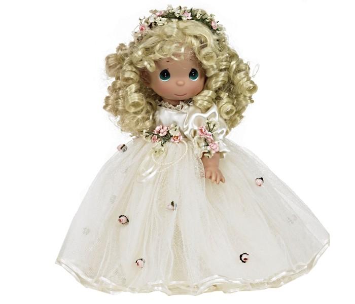 Precious Кукла Само совершенство блондинка 30 смКукла Само совершенство блондинка 30 смКоллекционная кукла Precious Moments Само совершенство очарует вас и вашу дочурку с первого взгляда!   Кукла со светлыми волосами одета в нарядное платье, украшенное цветами. Дополнением к прическе служит венок из цветов. На милом личике большие зеленые глаза.    Особенности:  Вся одежда съемная.   Кукла изготавливается из качественного, безопасного материала и имеет пять базовых точек артикуляции.   Кукла имеет свой неповторимый образ и характер.   Волосы прошитые, из качественного синтетического волокна или крученых ниток, в зависимости от образа. Рост куклы 30 см.<br>