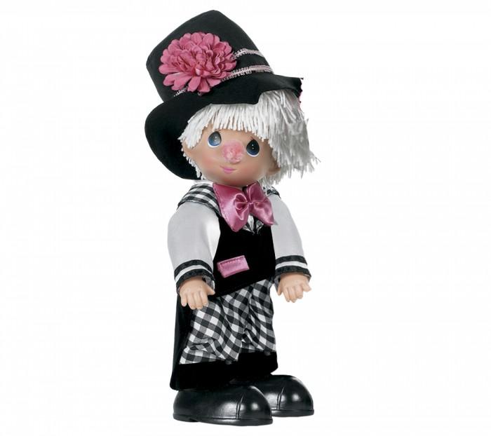 Precious Кукла Клоун мальчик 30смКукла Клоун мальчик 30смКоллекционная кукла Precious Moments Клоун очарует вас и вашу дочурку с первого взгляда!   Кукла очарует вас и вашу дочурку с первого взгляда! Кукла одета в забавный костюм клоуна. Очаровательные волосы белого цвета, сплетенные из нитей, дополняют прекрасный образ. На ногах у куклы одеты ботинки большого размера. У мальчика большие синие глаза.   Особенности:  Вся одежда съемная.   Кукла изготавливается из качественного, безопасного материала и имеет пять базовых точек артикуляции.   Кукла имеет свой неповторимый образ и характер.   Волосы прошитые, из качественного синтетического волокна или крученых ниток, в зависимости от образа. Рост куклы 30 см.<br>