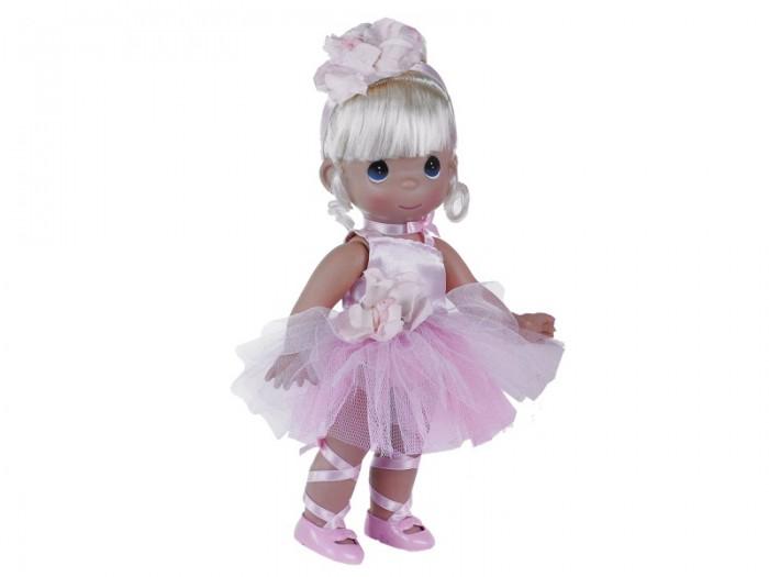 Precious Кукла Балерина блондинка 30 смКукла Балерина блондинка 30 смКоллекционная кукла Precious Moments Балерина очарует вас и вашу дочурку с первого взгляда!   Кукла одета в розовое платье, украшенное розочкой. На ногах балерины - розовые пуанты. Волосы убраны в аккуратную прическу и оформлены атласной ленточкой с цветком. У девочки большие глаза синего цвета.   Особенности:  Вся одежда съемная.   Кукла изготавливается из качественного, безопасного материала и имеет пять базовых точек артикуляции.   Кукла имеет свой неповторимый образ и характер.   Волосы прошитые, из качественного синтетического волокна или крученых ниток, в зависимости от образа. Рост куклы 30 см.<br>