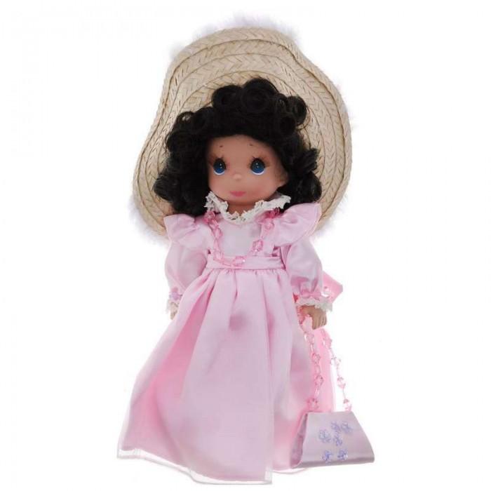 Precious Кукла Гламурная девушка брюнетка 30 смКукла Гламурная девушка брюнетка 30 смКоллекционная кукла Precious Moments Гламурная девушка брюнетка очарует вас и вашу дочурку с первого взгляда!   Кукла с темными волосами одета в великолепное светло-розовое атласное платье. На голове куклы - большая соломенная шляпка с перьями. На шее пластиковые бусы, на руках - браслеты. У куклы милое личико с большими голубыми глазами. В комплекте с куклой идет элегантная сумочка из атласа, декорированная перламутровыми цветами.   Особенности:  Вся одежда съемная.   Кукла изготавливается из качественного, безопасного материала и имеет пять базовых точек артикуляции.   Кукла имеет свой неповторимый образ и характер.   Волосы прошитые, из качественного синтетического волокна или крученых ниток, в зависимости от образа. Рост куклы 30 см.<br>