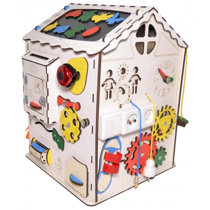 Деревянная игрушка Iwoodplay Развивающий домик большой с электрикой (блоком светоиндикации)Развивающий домик большой с электрикой (блоком светоиндикации)Деревянная игрушка Iwoodplay Развивающий домик большой с электрикой (блоком светоиндикации) igbd-01-01 поможет малышу развить мелкую моторику, координацию движения, внимание, усидчивость, творческое и логическое мышление, помощь в освоении бытовой деятельности, что способствует развитию самостоятельности малыша.  Цветовое исполнение возможно в различных вариантах. Бизидом выполнен из качественных и безопасных для детей материалов.  Бизиборд включает в себя следующие поля:  Набор дверей с замочками (3 шт). Блок светоиндикации на 5 точек; Катушка для лески с трещоткой; Набор шестерен круглых; Набор шестерен квадратных; Кроссовки со шнуровкой и липучкой; Зиппер; Фигурки на пружинке; Часы; Лабиринт из 5 фигур; Вращающийся валик; Шкантовый сортер (на крыше); Магнитное поле, на котором можно писать мелом; Ящичек – тайничок; Цифры на липучке; Буквы на липучке; Почтовый ящик; Амортизатор мебельный; Шактулка тайник с крышкой.   Размер домика: 35х35х50 см Рекомендации по уходу: Протирка влажной тряпкой<br>