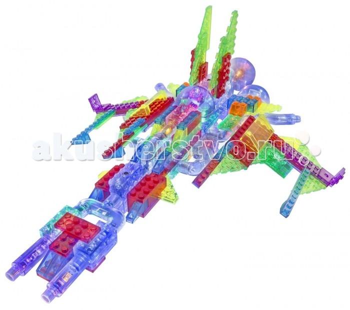 Конструктор Laser Pegs Набор 24 в 1 КосмосНабор 24 в 1 КосмосLaser Pegs Набор 24 в 1 Космос - превращает обычную детскую игру в настоящее фантастическое приключение. Светящиеся конструкторы Laser Pegs способствуют развитию фантазии и творческих навыков ребенка в занимательной игровой форме. Контрастные цвета и многообразие форм деталей конструктора делают его невероятно притягательным для малышей. Лаконичность дизайна и оригинальная идея конструкторов со светодиодами делают их привлекательными как для дошкольников, так и для детей постарше, и даже для их родителей.  Набор Космос увлечет Ваших детей в мир космических станций, кораблей и приключений. Подключив фантазию ребенок сможет собрать не только фигуры из инструкции, а построит свои собственные межгалактические корабли.  В комплекте: 36 деталей со светодиодами 125 строительных деталей треугольный адаптер – база инструкция по сборке. Для работы светодиодов необходимы 3 батарейки АА, батарейки в набор не включены. Новинка! С USB шнуром можно не использовать батарейки! Подключите шнур к треугольной базе и конструктор засветится от сети!<br>