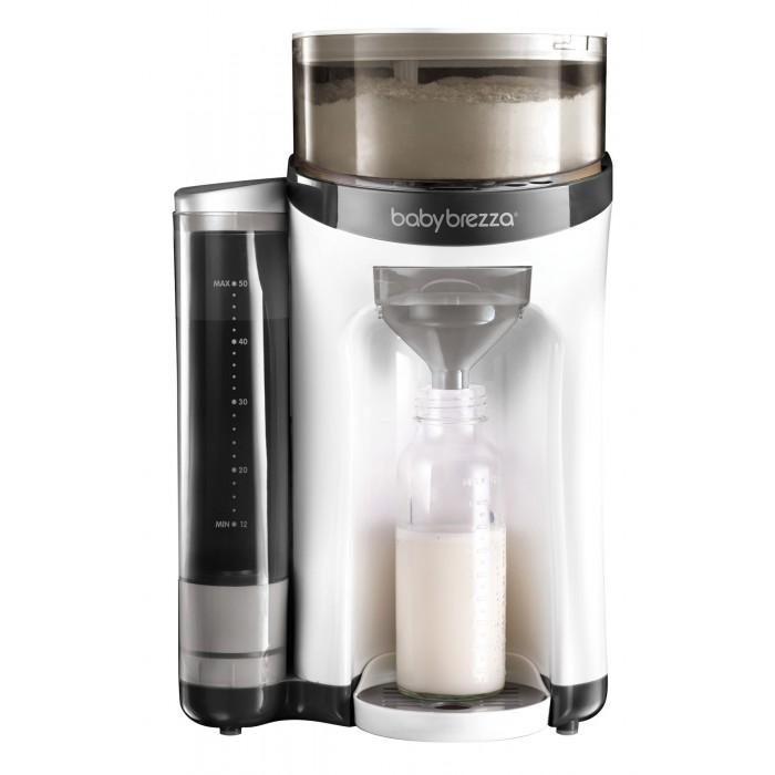 Babybrezza Автомат для приготовления молочной смеси Formula ProАвтомат для приготовления молочной смеси Formula ProBabybrezza Автомат для приготовления молочной смеси Formula Pro революционно новый способ приготовления молочной смеси для вашего малыша.   Нажатием кнопки Вы можете подготовить молочную смесь для кормления малыша в течение нескольких секунд! Без пузырьков и воздуха!  Особенности: Смешивает воду и молочную смесь до оптимальной температуры и консистенции Подходит для молочных смесей любого производителя Подходит к бутылочкам любого объема Готовит смесь объемом 60 мл, 120 мл, 180 мл, 240 мл и 300 мл Воздухонепроницаемое отделение вмещает до 700 гр смеси Съемные детали, легко моются. Нажатием кнопки Вы можете подготовить молочную смесь в течение нескольких секунд,  без пузырьков воздуха. Formula Pro использует запатентованную технологию для измерения, дозирования и смешивания сухой молочной смеси и воды с идеальной температурой и консистенцией. Сухая молочная смесь хранится прямо в машине, поэтому она всегда готова для вас, когда ваш ребенок голоден.  Автомат работает со всеми размерами бутылочек и со смесями любых производителей.  Простота в использовании: выберите объем бутылочки - 60 мл, 120 мл, 180 мл, 240 мл и 300 мл и нажмите кнопку Пуск. Ваша бутылочка готова через 30 секунд или меньше. Контейнер обеспечивает воздухонепроницаемое хранение 700 граммов сухой смеси. Этого достаточно для 20 шт бутылочек объемом 240 мл. Водный резервуар вмещает 1,5 л воды и нагревает ее до комфортной температуры тела каждый раз. Бак является съемным и имеет широкое верхнее отверстие, что упрощает его заполнение и очистку. Воронка позволяет смешивать порошок и воду до идеальной консистенции без пузырьков воздуха. Полученная смесь не требует дополнительного встряхивания. Иногда особенно плотная сухая смесь может нуждаться в дополнительной встряске бутылочки или размешивании. Регулируемый по высоте поддон позволяет разместить бутылочки любых форм и размеров.<br>